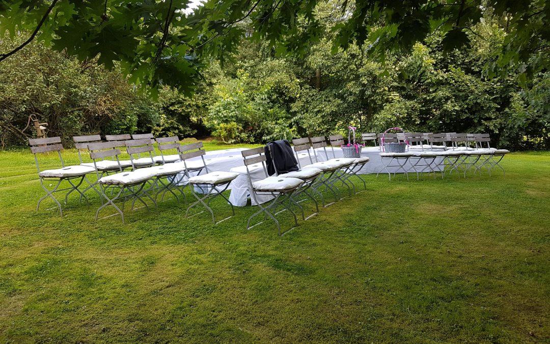 Hochzeit im romantischen Weingut in Willtingen